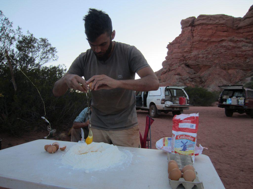 Cocinando en el campamento