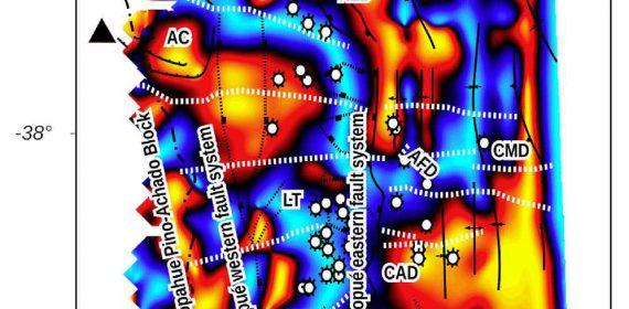 Mapa de anomalía magnética derivado del ángulo de tilt.